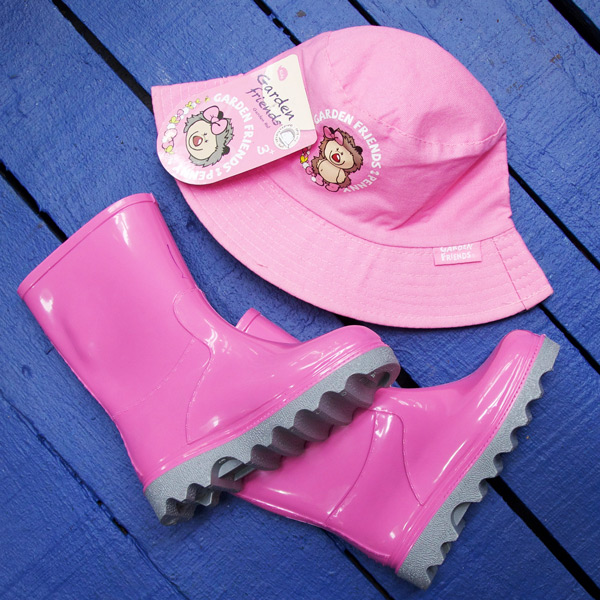 Pink Kiddies Boot and Hat Set