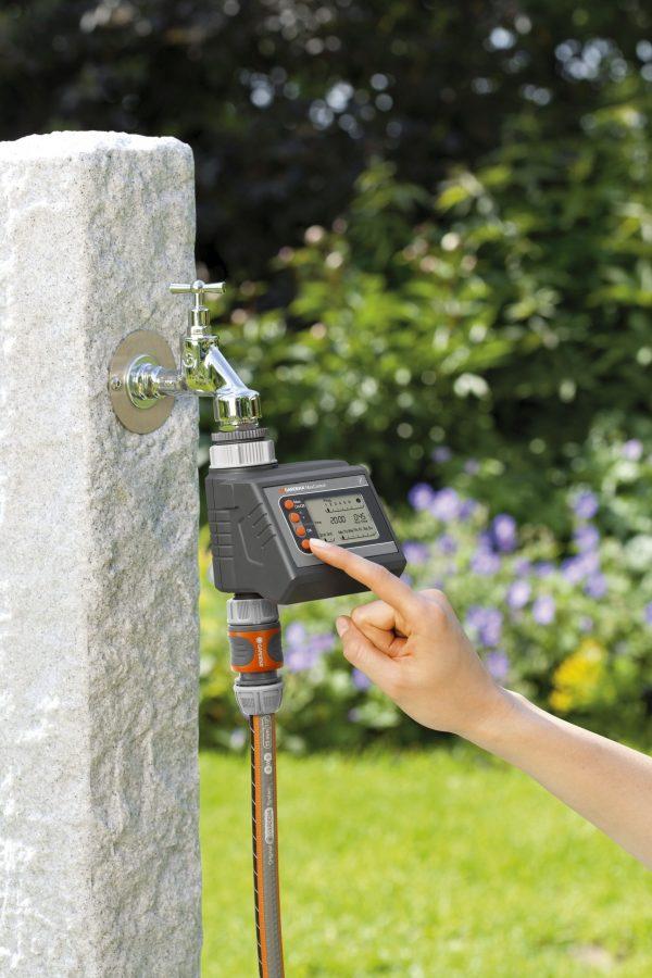 1834-20 Gardena Water Computer MaxControl) LS PIC (1)