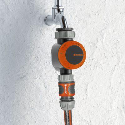 GD-0162-1169-20-Gardena-Water-Timer-Lifestyle-Picture-400x400 GARDEN TOOLS & FERTILIZER