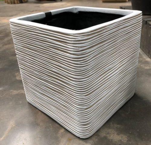 Square planter medium
