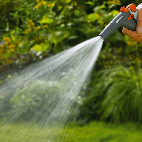 18341-20 (Gardena Adjustable Cleaning Spray Gun) LS PIC (3)