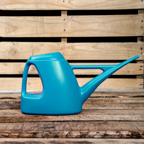 70019196 - GP Watering Can Assorted 2L (2)