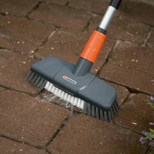 Gardena – Comfort Scrubbing Brush