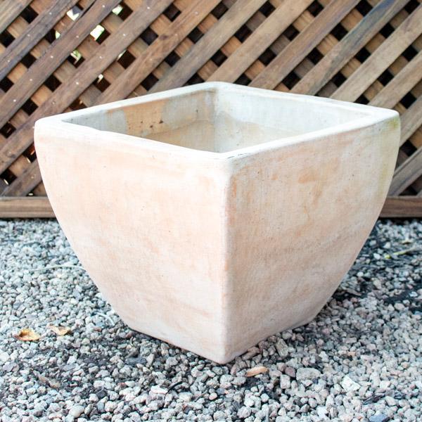 70048372 - FI - Pot Medium