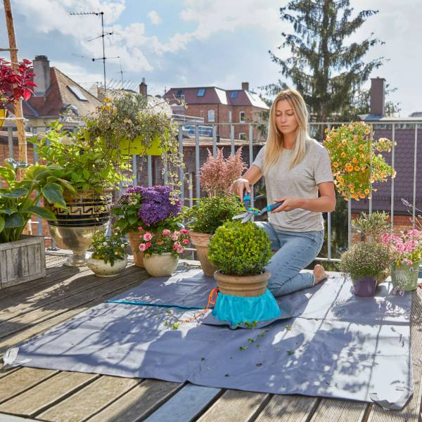 508-20 (Gardena City Gardening Topiary Trimming Mat) LS PIC (2)