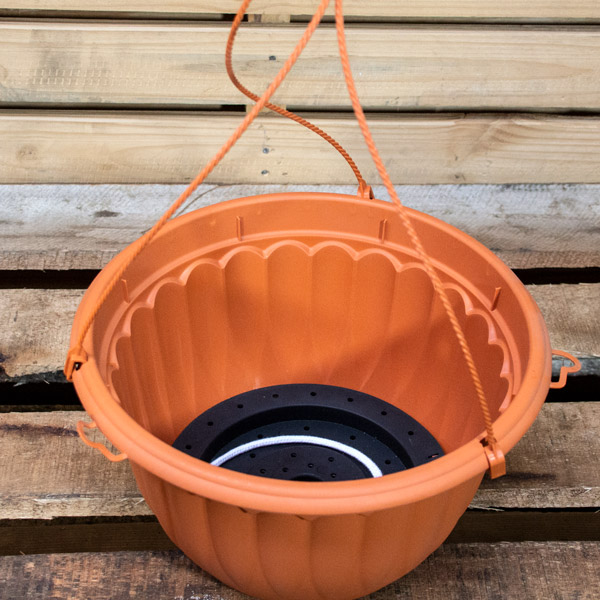70056734 - GP Hanging Pot 31cm (2)