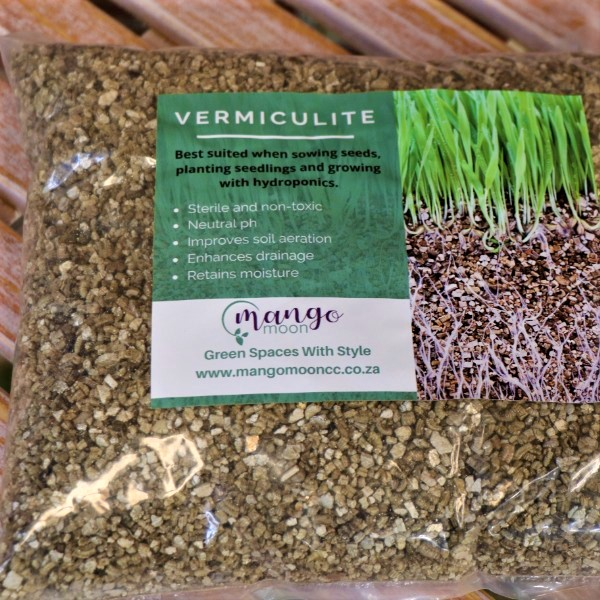 70063484 - hanging basket with gloves,kirchhoffs seeds,Vermiculite and waterplug stick (5)