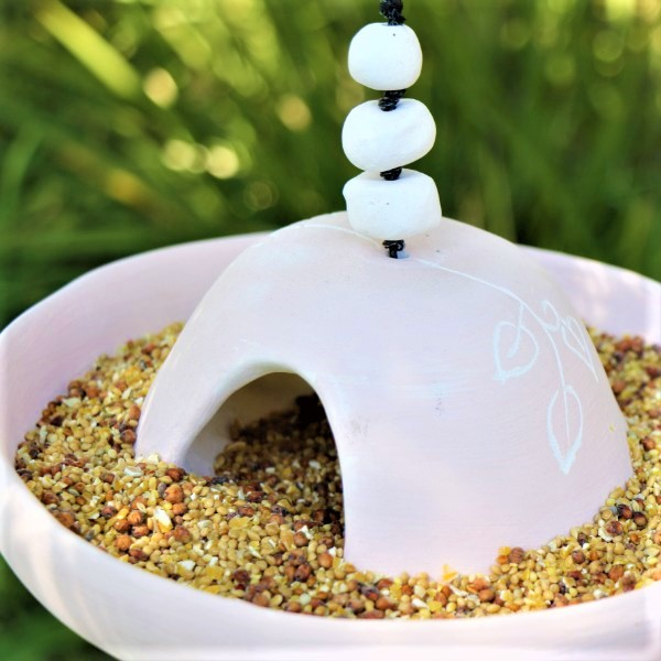 70063881 - Gift Bird Feeder Pink Ceramic with Seeds (6)