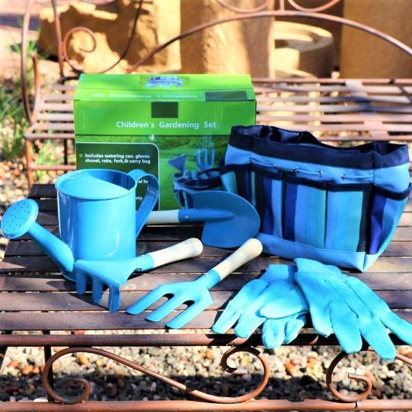 70060809 - Gardening Set