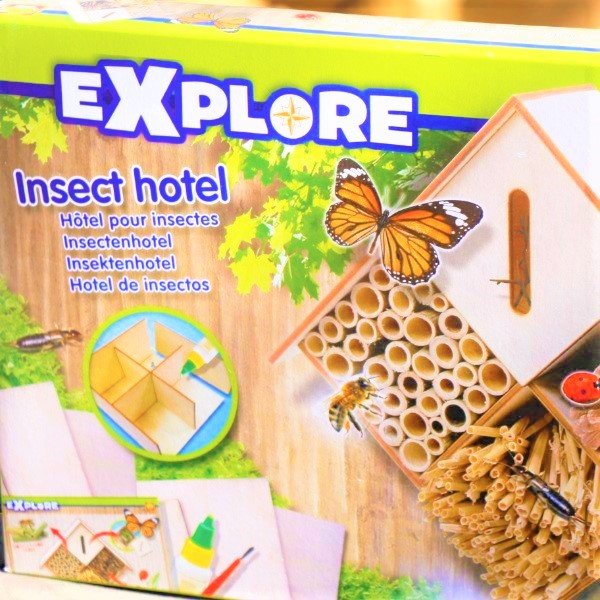 70063288 - Explore Insect hotel (4)