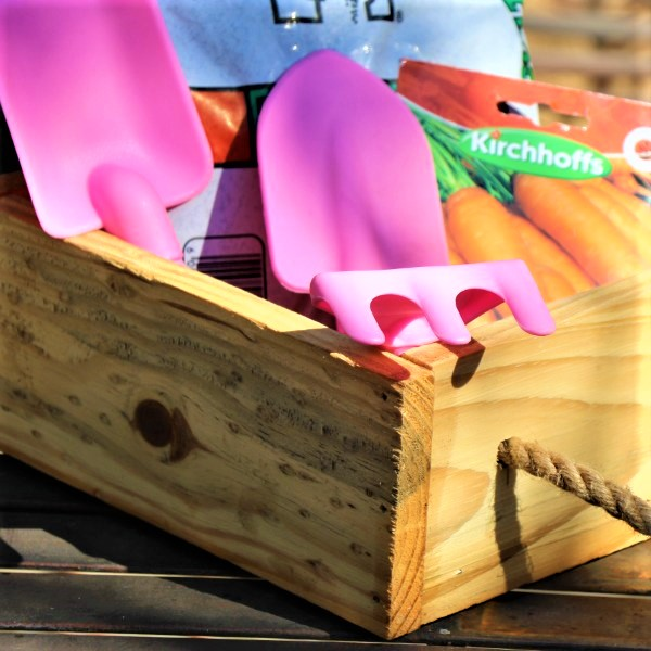 70064722 -Wooden Box With Kiddies Plastic Tool set, Potting Soil And Packet of seeds (2)