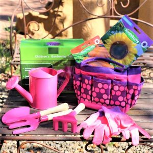 Gardening Set With two packets of seeds